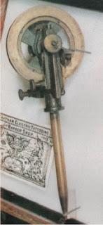 primera maquina tatuar