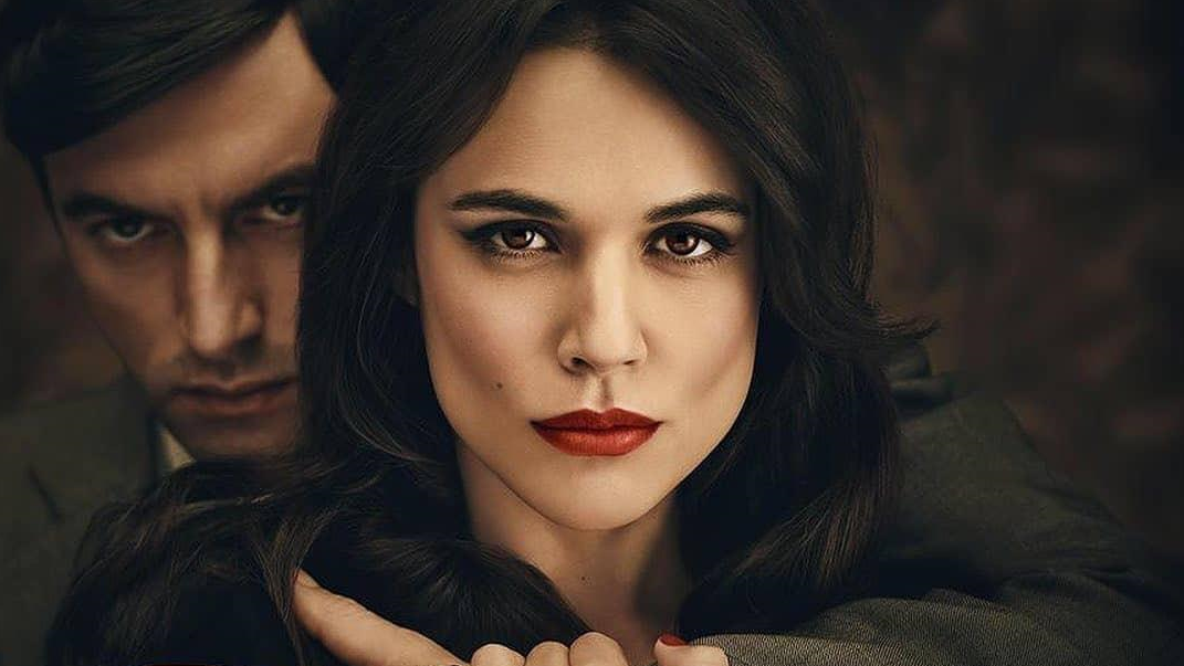 Hache Malpica Javier Rey Helena Adriana Ugarte Netflix