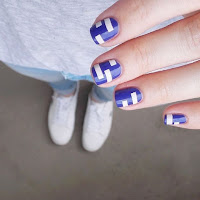 Sparkling Blue Nail Designs