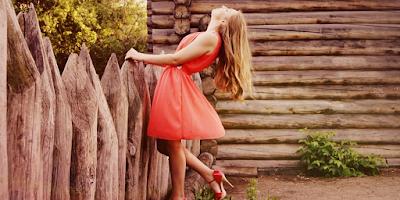 "< img src =""Dress.png"" alt=""Red dress fashion model"">"