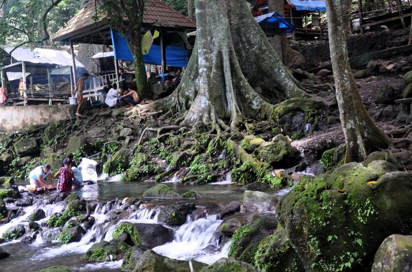 Legenda air mata dari bantaeng sulawesi selatan