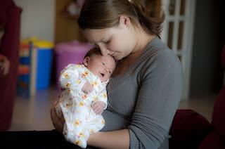 Kata-kata yang menyemamgati ibu ketika lelah mengurus anak