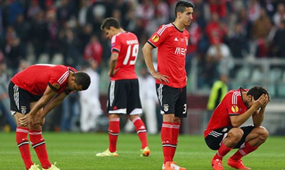 Sevilla bảo vệ thành công ngôi vô địch Europa League
