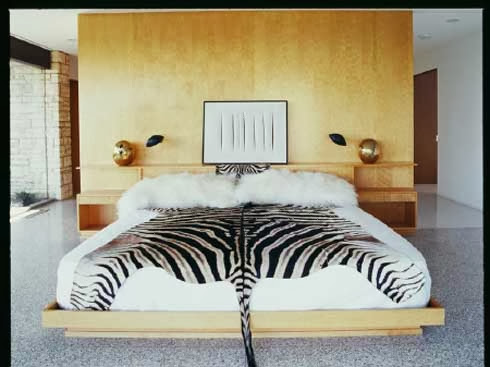 White and Black Color Combine in Modern Bedrooms Design Ideas and zebra patterns cusion blanket