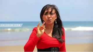 Lirik, Video dan MP3 Lagu Urutan Amah Meong Ayu Wiryastuti