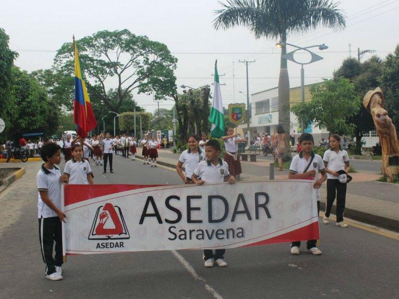 Marcha de estudiantes de Arauca por la defensa de la educación pública