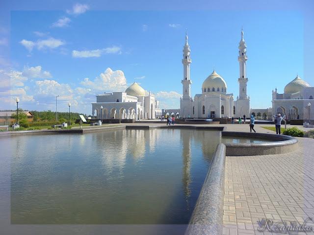 озеро возле белой мечети Болгар