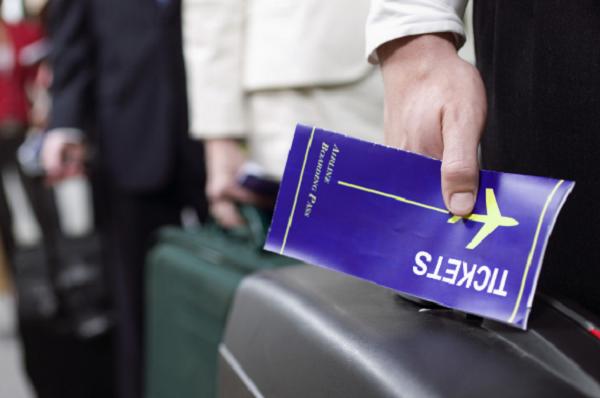 tiket tujuan penerbangan