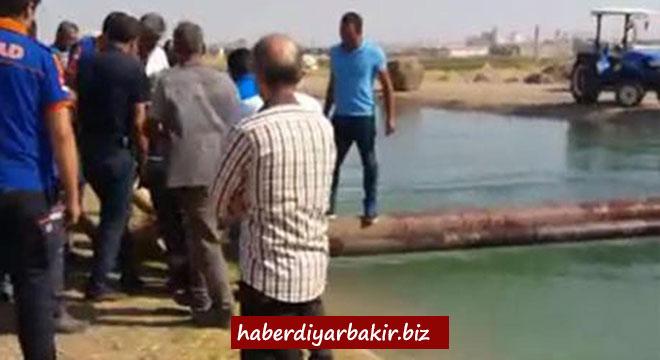 Diyarbakır'da sulama kanalına giren genç boğuldu