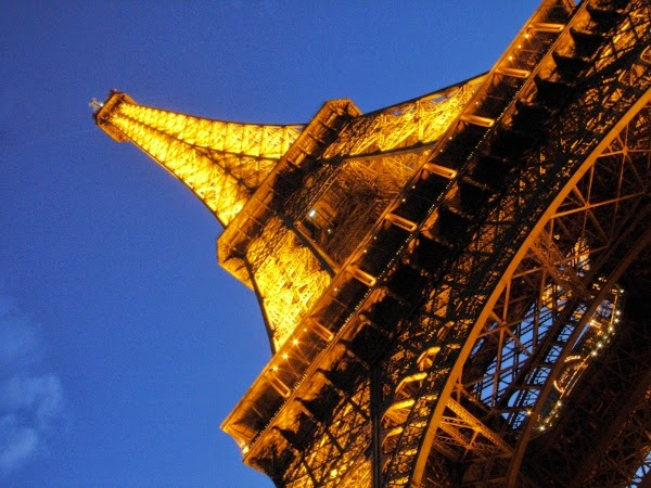 The Eiffel Tower with a Money Shot