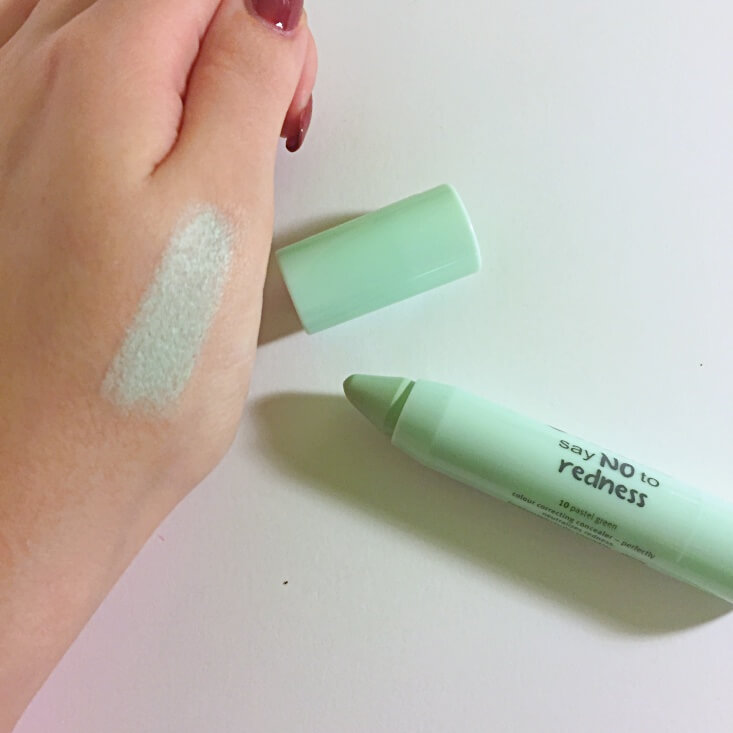 essence Say NO to Redness Pastel Green