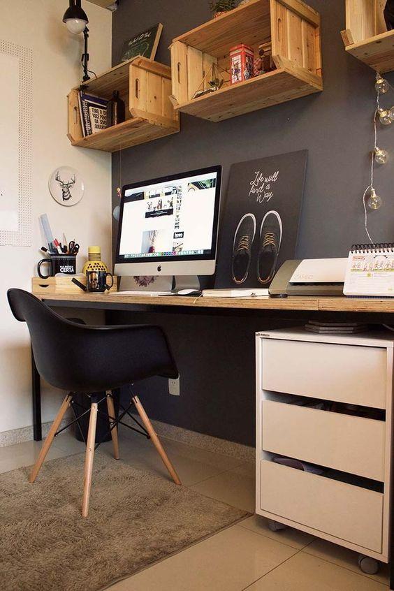 nichos escritorio home office quarto menino reutilizar caixotes de madeira