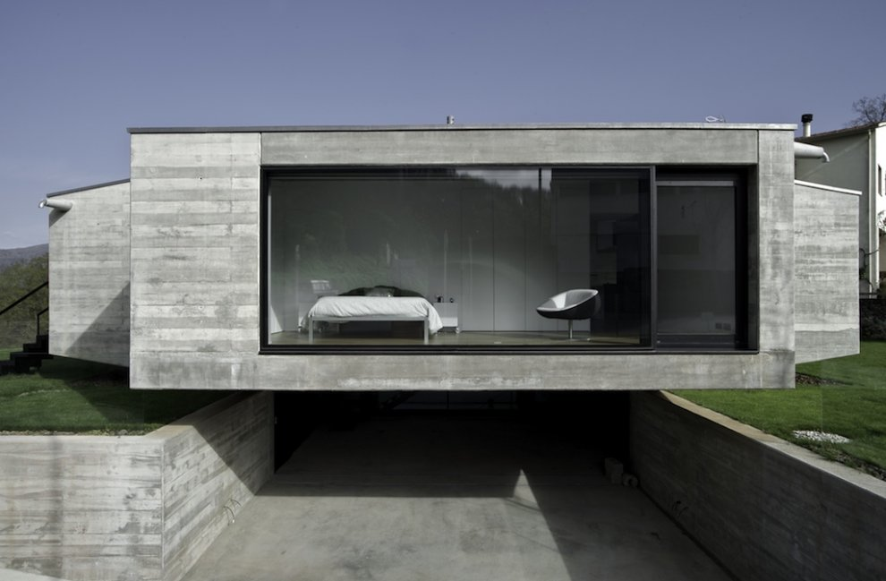 Captivating The Use Of Concrete In Its Natural Colour And Made With Wood Slats All Over  The House Reveals Visibly The Powerfull Construction That Is Needed To  Realise ...