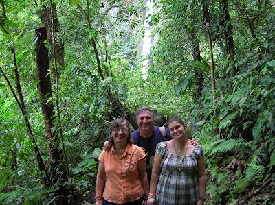 Cascada Río Fortuna,Costa Rica, vuelta al mundo, round the world, La vuelta al mundo de Asun y Ricardo, mundoporlibre.com