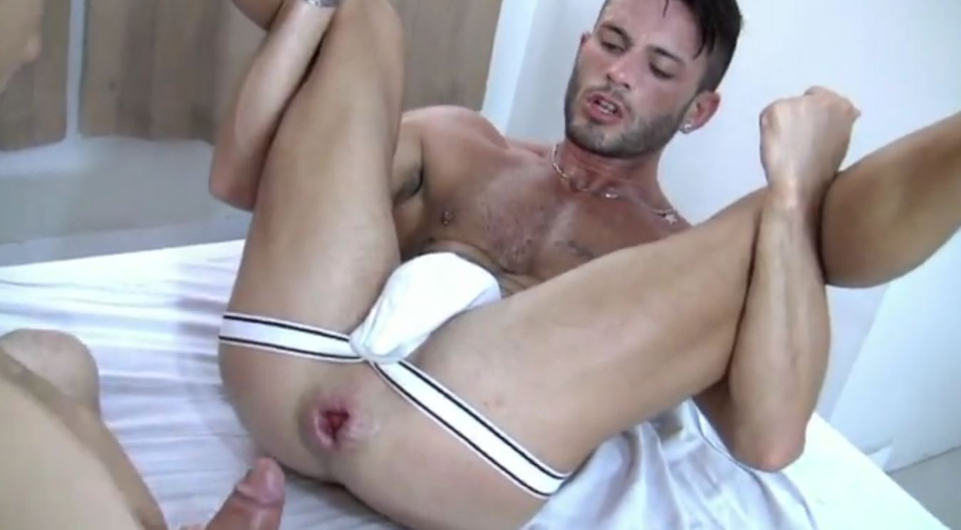gay sex video sucking brothers dick