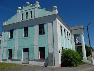 Пінськ. Вул. Дніпрової Флотилії. Колишній готель «Бристоль»