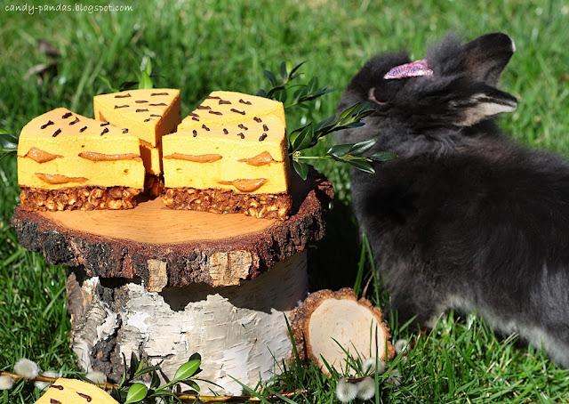 Sernik marchewkowo-orzechowy (bez glutenu, laktozy, cukru białego, bez pieczenia)