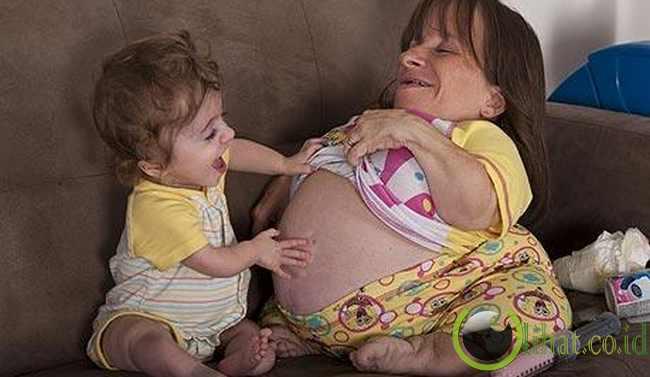 Stacey Herald (Ibu Terkecil di Dunia)