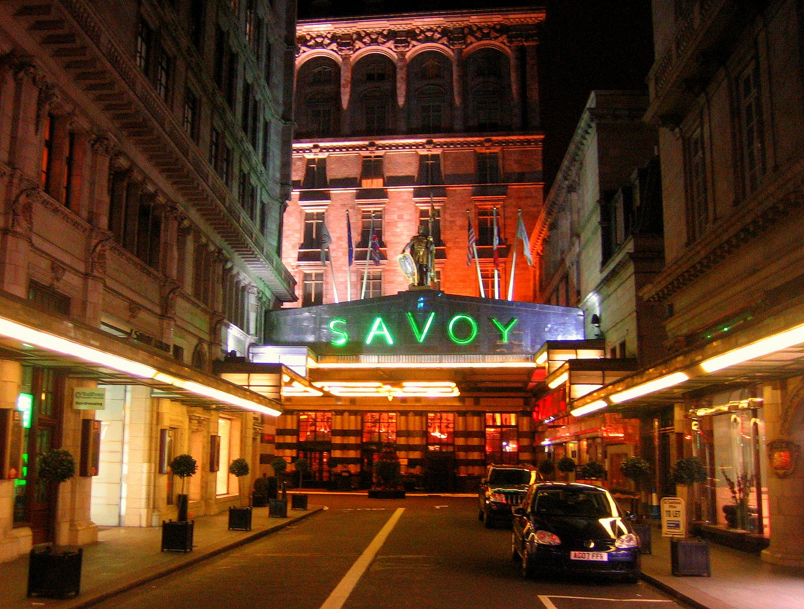 savoy girls Let your soul sing with the dazzling multi-award winning dreamgirls at the savoy theatre, london with an extraordinary story and the unforgettable vocals that are sending audiences wild at every single show, this spectacular musical production soars with the classic songs such as 'and i am telling you i'm not going'.
