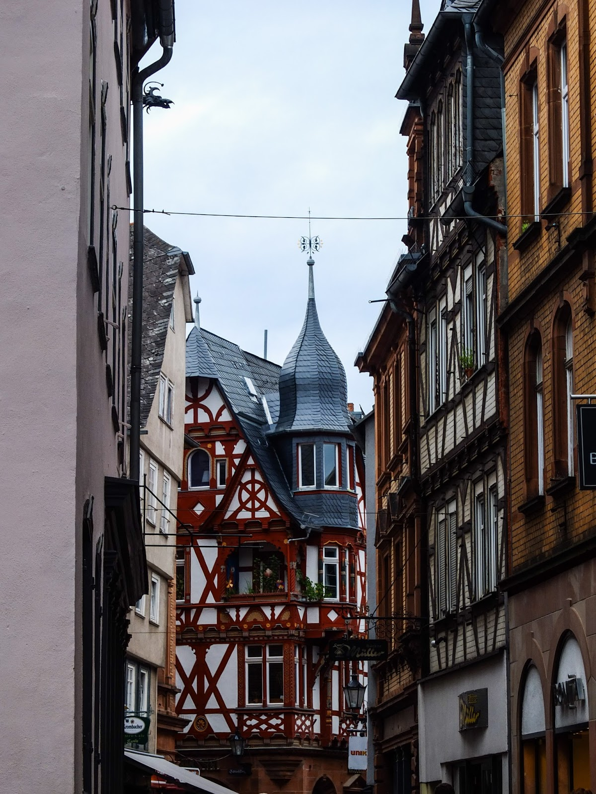 View of the historic Wettergasse in Marburg, Germany.