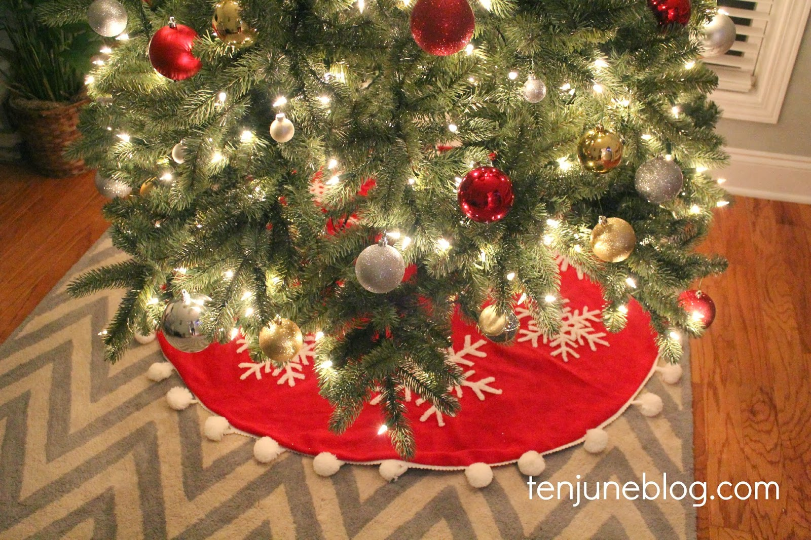 Ten June: Red + Silver + Gold Christmas Tree