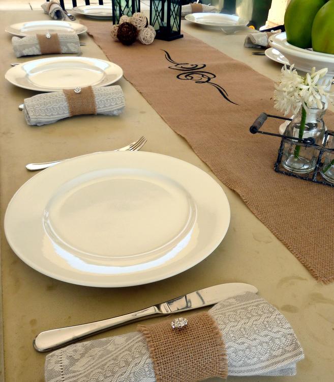 Stylish Settings: Burlap Table Setting