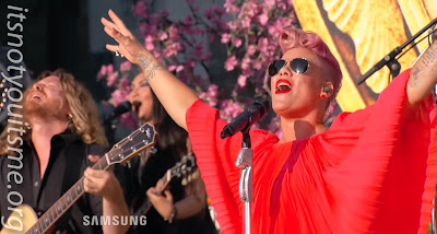 P!nk Shuts Down Hollywood Blvd with Fire!