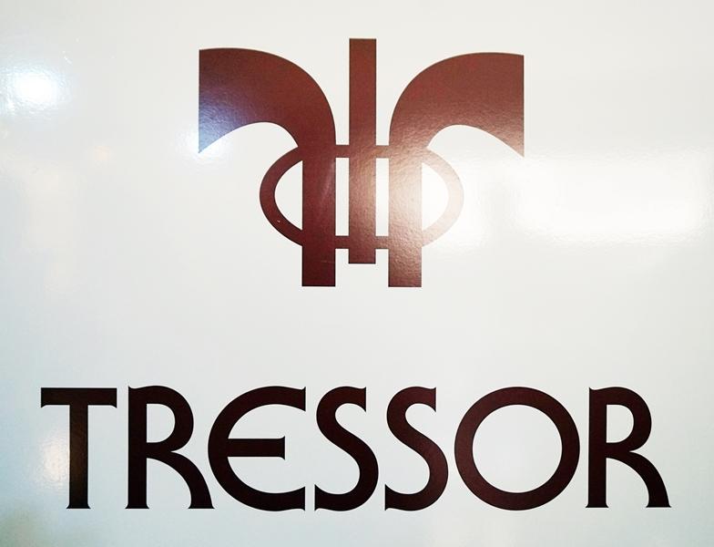 Almamodaaldia - Tressor