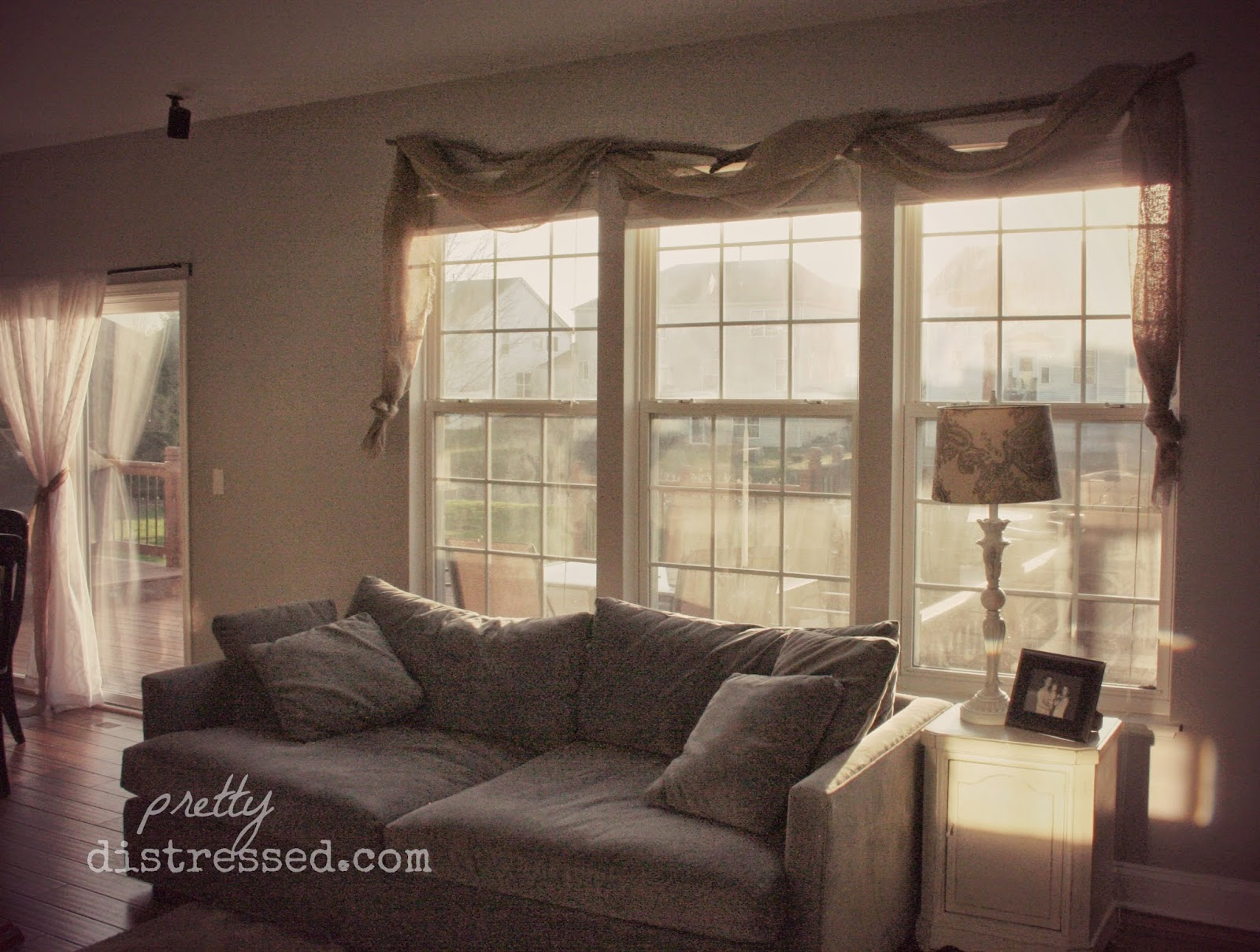 Pretty Distressed Pin Spired Diy Country Chic Window