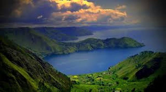 danau toba tempat wisata terpopuler dan terbaik di indonesia