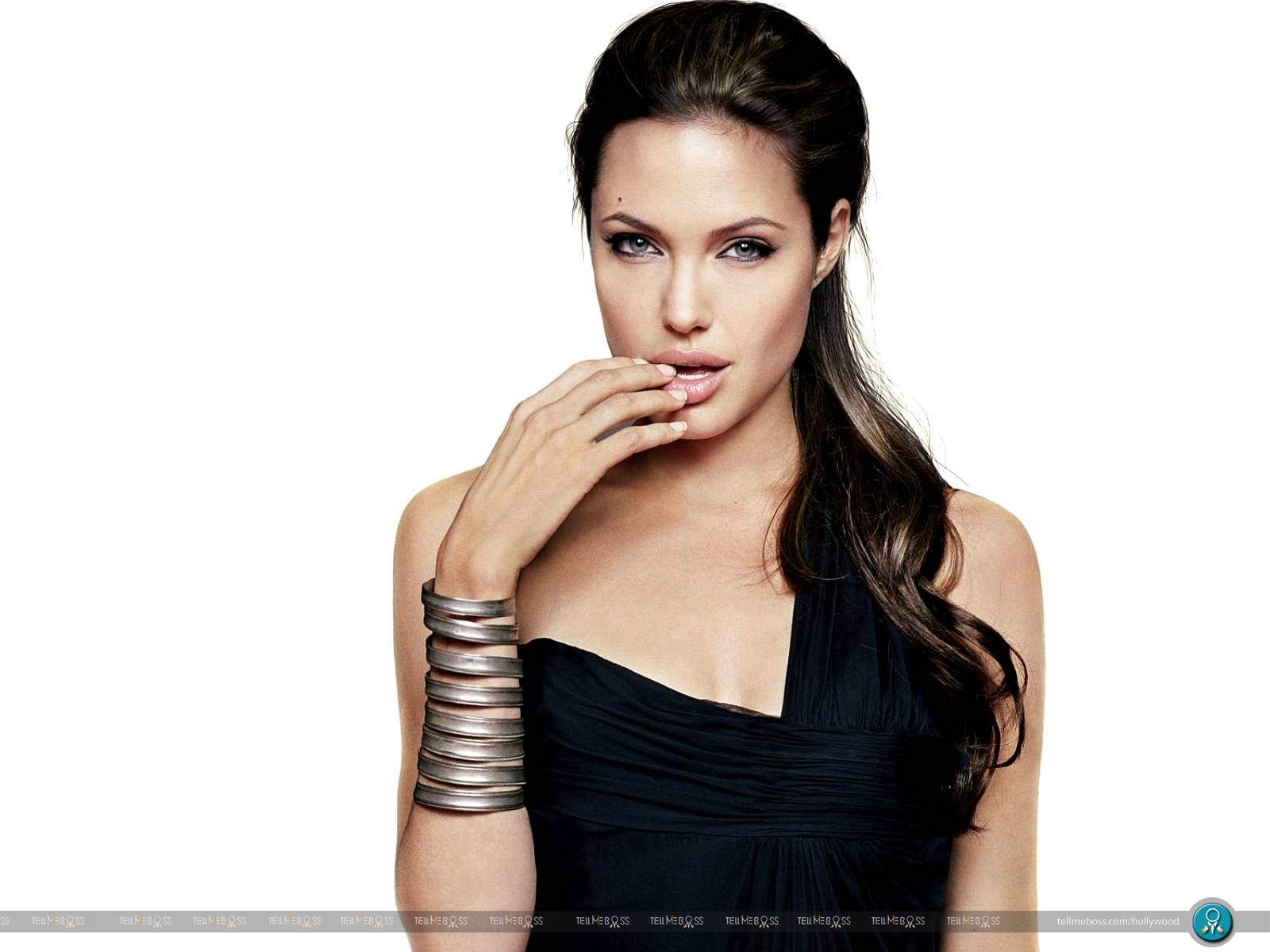 Angelina Jolie Hot Stills angelina jolie hot photos 3 hd wallpapers | movies songs lyrics