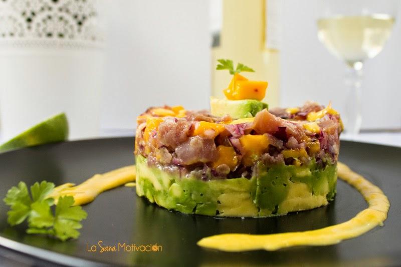Tartar de atún con vinagreta de mango