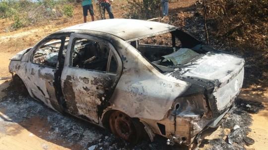 Automóvel utilizado em assassinato em Piripiri é encontrado pela Polícia Militar