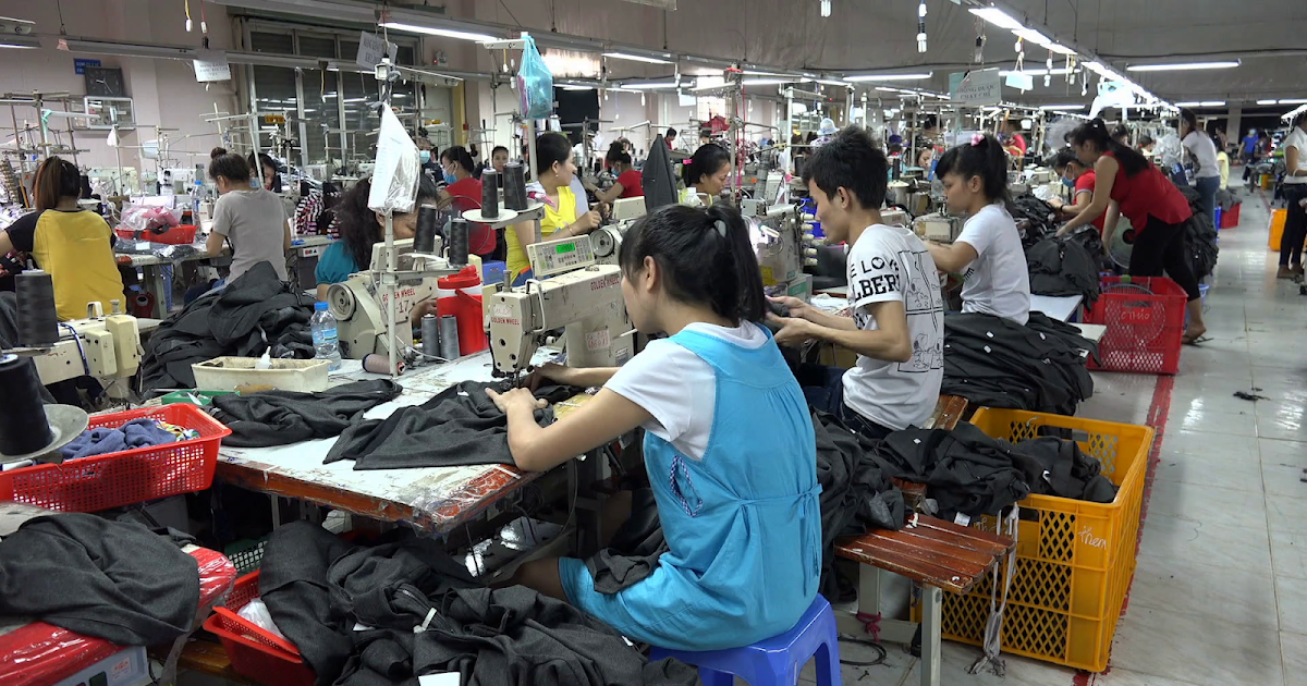 Go For Small Order Clothing Manufacturers