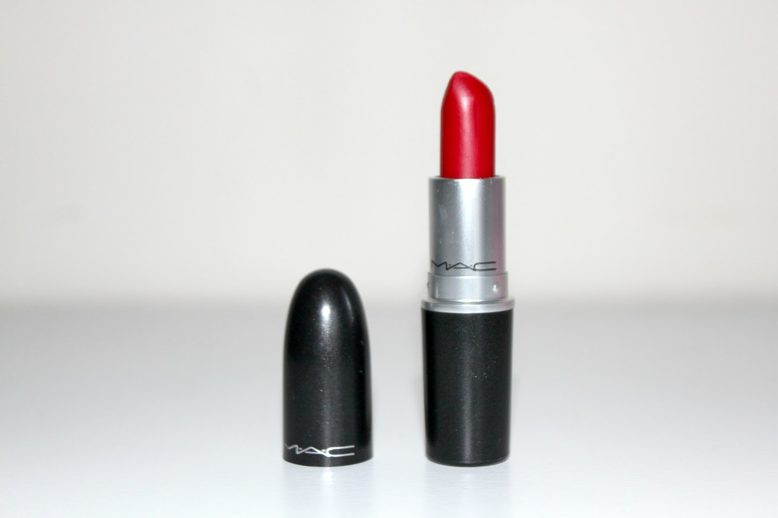 mac ruby woo red lipstick review swatch