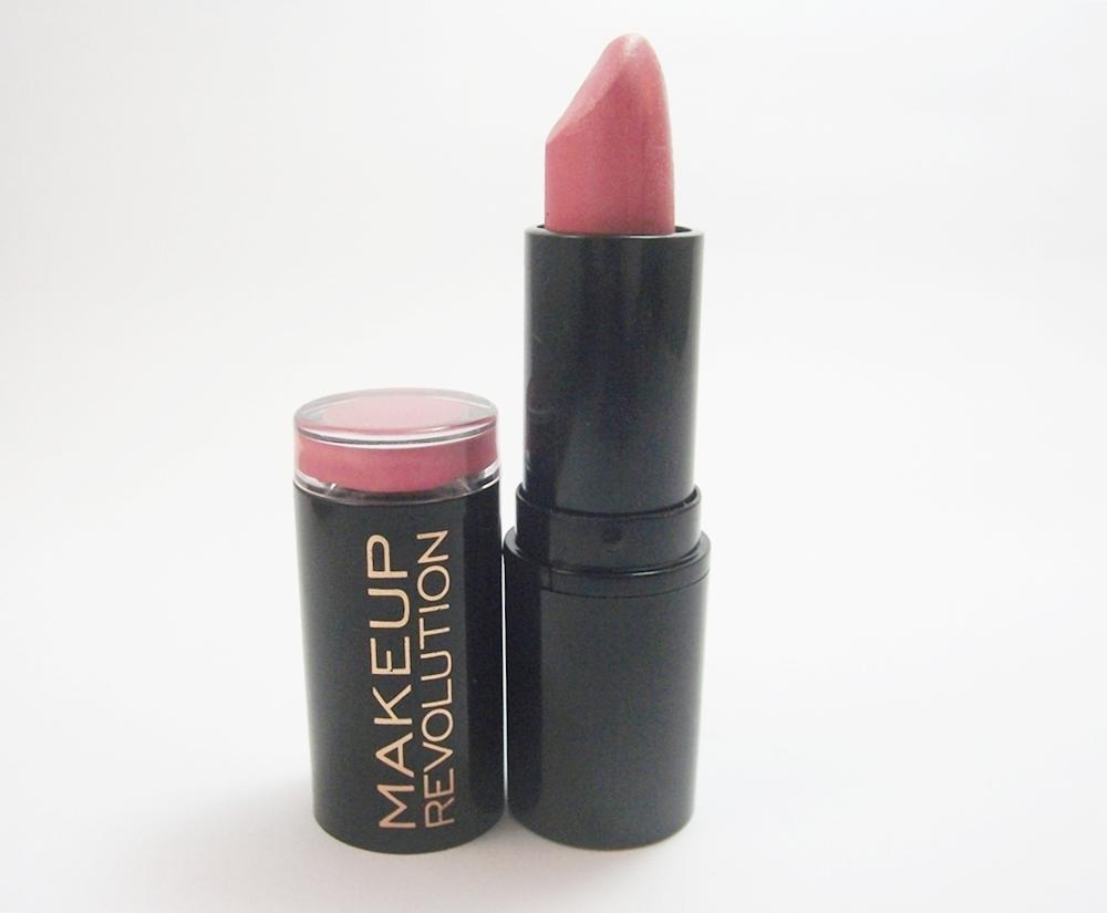 Makeup Revolution Dusky, da linha Amazing Lipstick