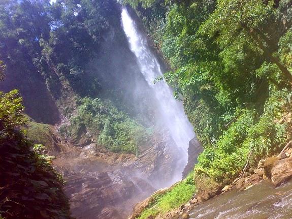 Hikong Bente- Seven Falls