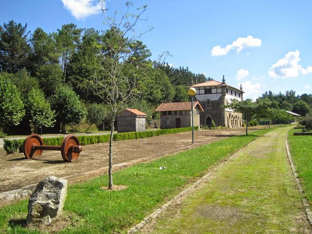 Antigua Estación de ferrocarril de A Pontagra en Ordes