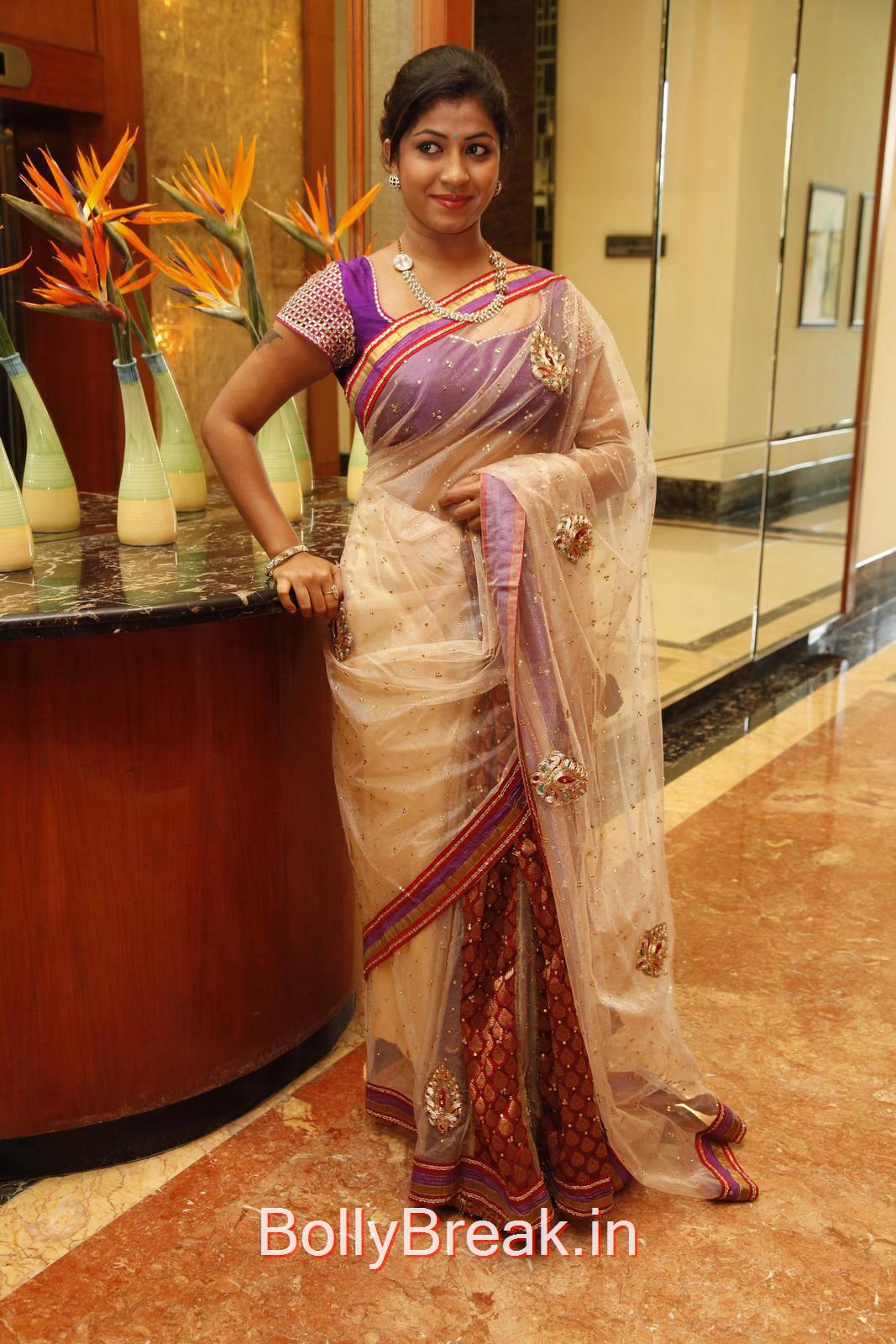 Tollywood Actress Geethanjali, Geethanjali Hot Pics from Akritti Elite Exhibition Launch
