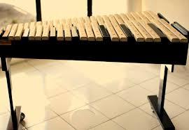 Alat-Musik-tradisional-kulintang-dari-sumatera-selatan