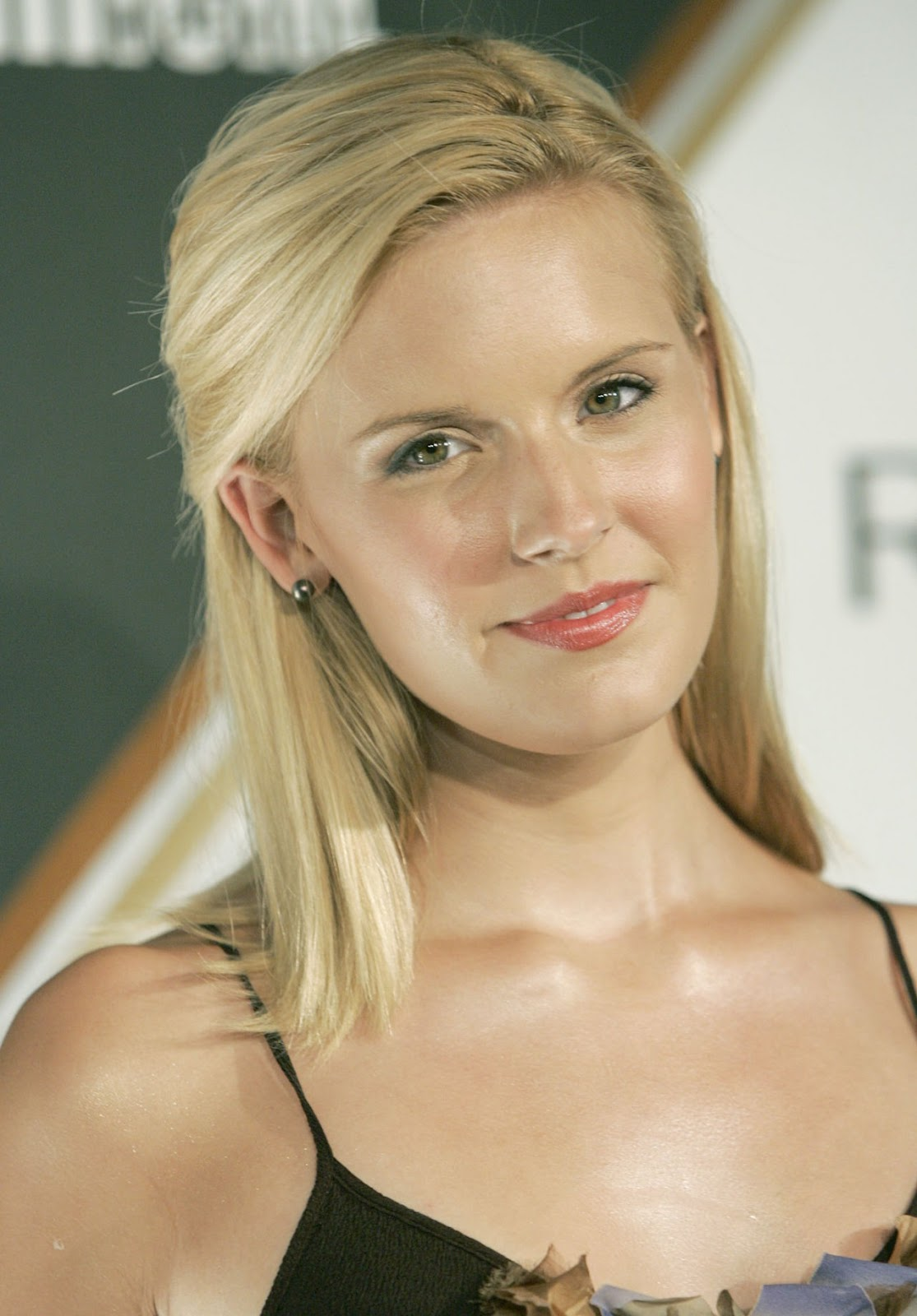Maggie Grace pictures gallery (33) | Film Actresses