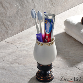 http://decoriko.ru/magazin/folder/glasses_toothbrushes