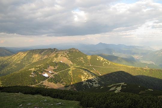 Chleb (1646 m n.p.m.) - trzeci co do wysokości szczyt w grupie górskiej Małej Fatry (widok z Wielkiego Krywania).