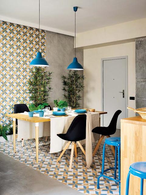 placi de faianta si gresie cu motive colorate in bucatarie si sufragerie