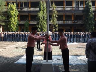 SMK Sakti Menyelenggarakan Upacara Ulang Tahun PGRI ke-69