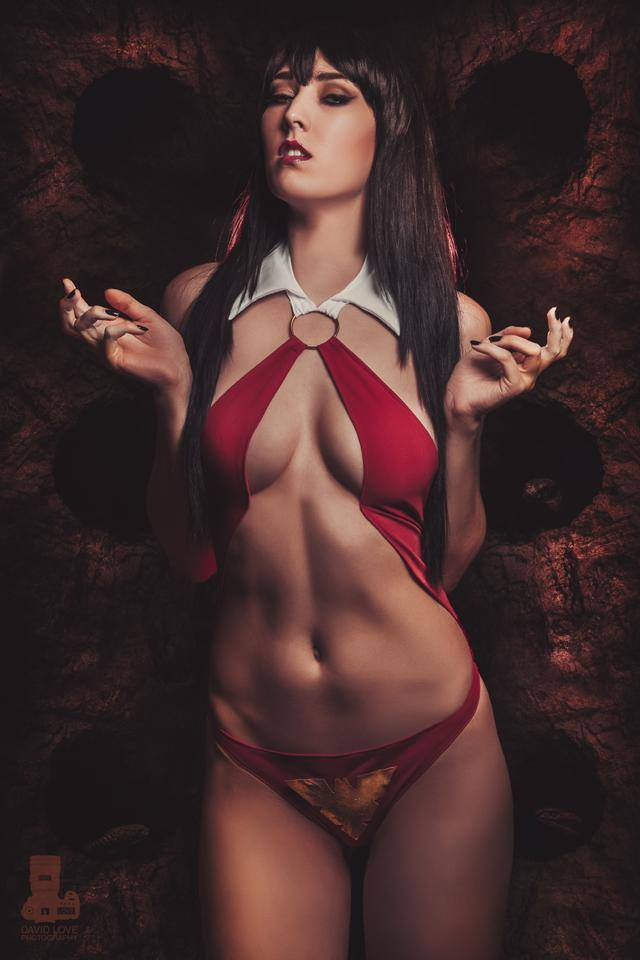 Nude Vampire Model Pics 78