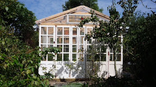 How to make a recuperated window glass greenhouse