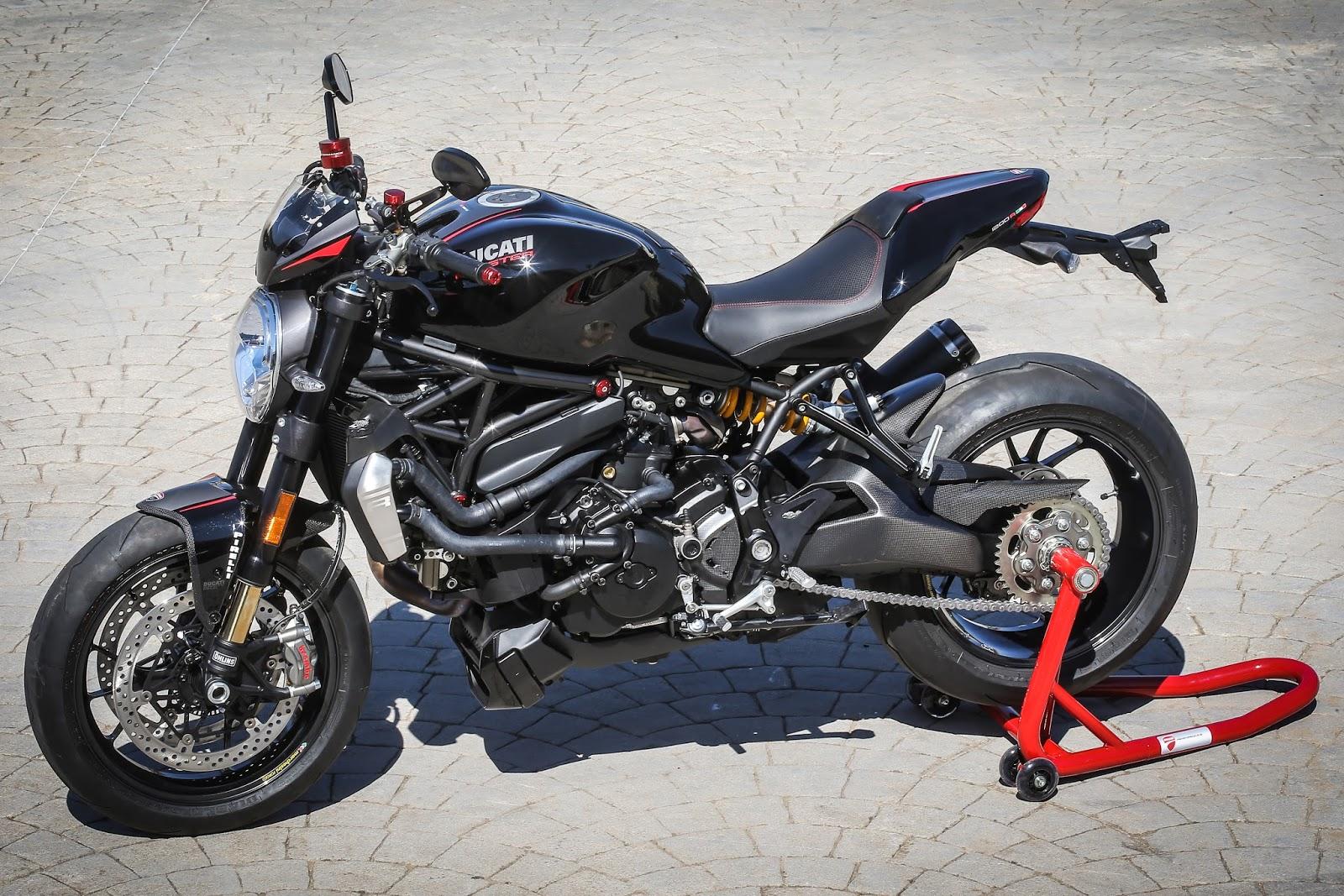 Racing Caf U00e8  Ducati Monster 1200r Ducati Performance 2016
