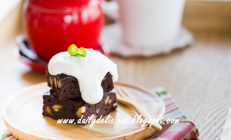 Chilled Mocha Cream Cake Recipe Made With Sponge Fingers
