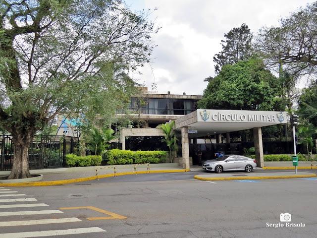 Vista da entrada principal do Clube Circulo Militar de São Paulo - Ibirapuera - São Paulo